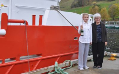 Dåp av Osland sine to nye båtar